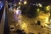 فيضانات جنوبي فرنسا تودي بحياة 12 شخصا (فيديو)