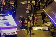 """""""داعش"""" يتبنى هجمات باريس في بيان"""