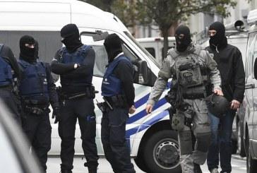 بروكسل.. اعتقال شخصين على خلفية هجمات باريس
