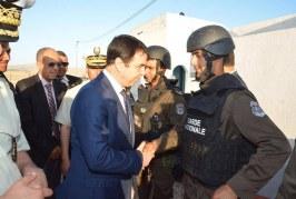 وزير الدّاخلية الهادي مجدوب يؤدي زيارة عمل ميدانية إلى المراكز الحدودية المتقدّمة بولاية الكاف