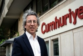 تركيا : إيقاف رئيس تحرير صحيفة معارضة