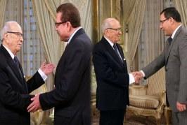 أحمد عظوم وعبد اللطيف حمام يؤدّيان اليمين الدستورية