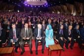 لقاء السيناتور ماكين بمريم رجوي ولقاء السيناتور ماكين بالمجاهدين الأشرفيين في تيرانا