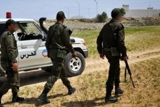 القصرين : حجز كمية من المؤونة وأسلاك كهربائية وأحذية وملابس عسكرية