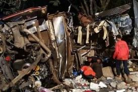 تايلاند: مقتل 17 شخصا جراء انحراف حافلة