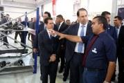رئيس الحكومة يفتتح في المنطقة الصناعية بالمغيرة أول وحدة في شمال إفريقيا لتركيب السيارات رباعية الدفع للعلامة التجارية « بيجو »