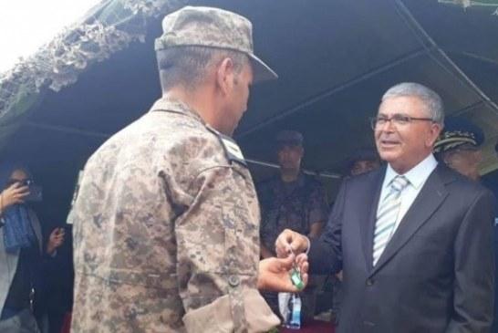وزير الدفاع يؤكد تواصل العمليات العسكرية والتصدي للمجموعات الإرهابية