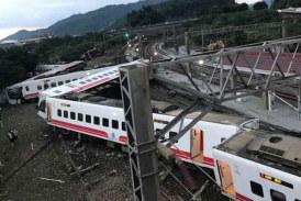 9 قتلى وعشرات الإصابات في حادث اصطدام قطار في أنقرة