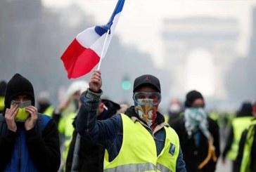 """عودة """"السترات الصفراء"""" للإحتجاج..مقتل شخص في حادثة دهس"""