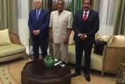 لقاء الرئيس الكونغولي ساسو انغيسو المكلّف بالملف الليبي برئيس مجلس  قبائل و مدن ليبيا و بحضور العجرودي