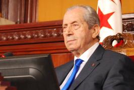 محمد الناصر يؤدى اليمين الدستورية، ويتولى منصب رئيس مؤقت للجمهورية التونسية