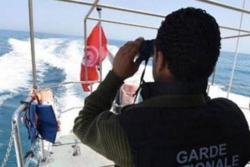 إيقاف 10 أشخاص من أصول إفريقية بصدد اجتياز الحدود التونسية الليبية في الإتجاهين