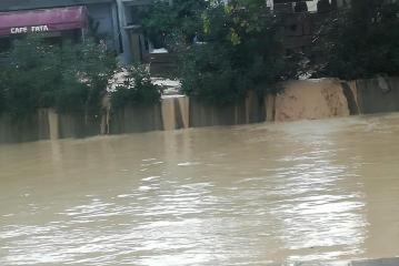 وزارة الفلاحة : الرجاء عدم الاقتراب من السدود والبحيرات الجبلية ومجاري الأودية