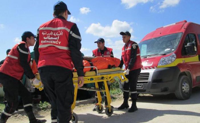 """اصطدام سيارة نقل جثمان إحدى ضحايا """"فاجعة عمدون"""" بقطار ومقتل خالتها وابنتها"""