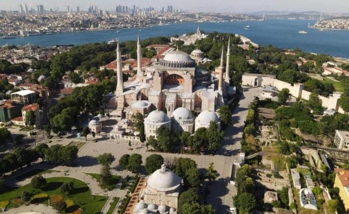 يونسكو تحذر تركيا: يجب إبلاغنا بأي تغيير بوضع آيا صوفيا