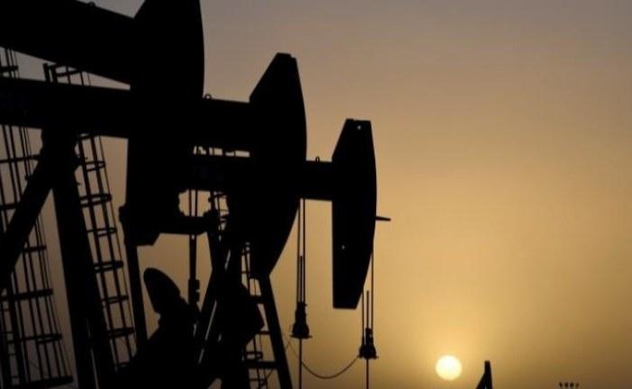 النفط يرتفع متأثرًا بالاتفاق التجاري بين بريطانيا والاتحاد الأوروبي