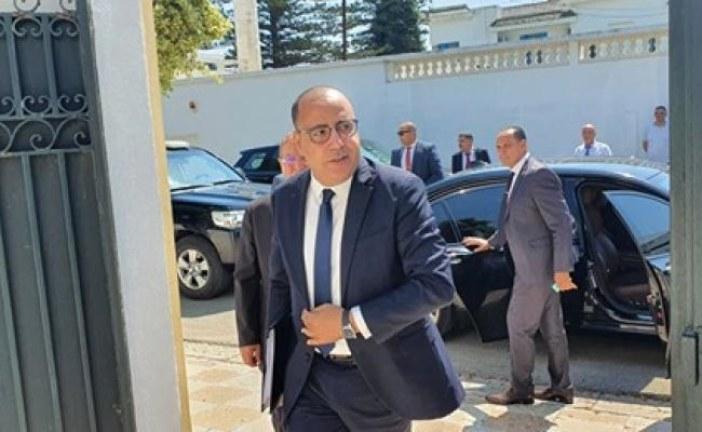 رئيس الحكومة يشرف على الموكب الرسمي لاحياء الذكرى الخامسة لملحمة بن قردان