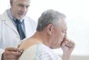 الإصابة بالأمراض المزمنة عند الأشخاص البالغين من العمر 75 عاما أو أكثر لا تعتبر مانعا لتلقحيهم ضد فيروس كورونا