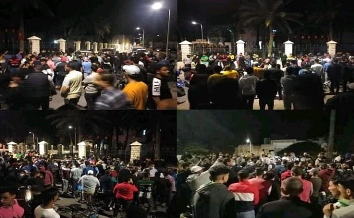 قابس : تجار قابس يحتجون على قرار الحجر الصحي الشامل ويقررون مواصلة العمل إلى ليلة العيد