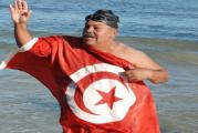 """السباح نجيب بالهادي يستعد لقطع 155 كلم بين"""" بانتلاريا"""" الايطالية والحمامات"""