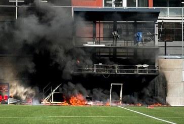 اندلاع حريق في الملعب قبل مباراة أندورا وإنقلترا في تصفيات كأس العالم
